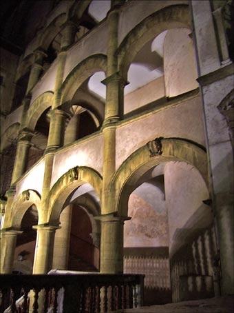 Vieux-Lyon arcades